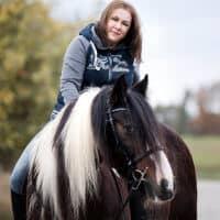 Katharina auf ihrem Pferd