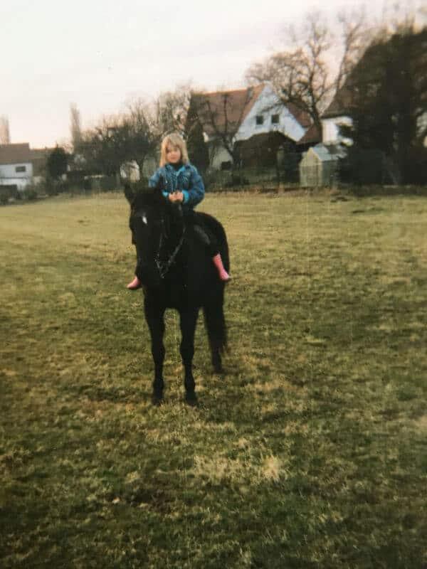 Judith mit ihrer alten Stute